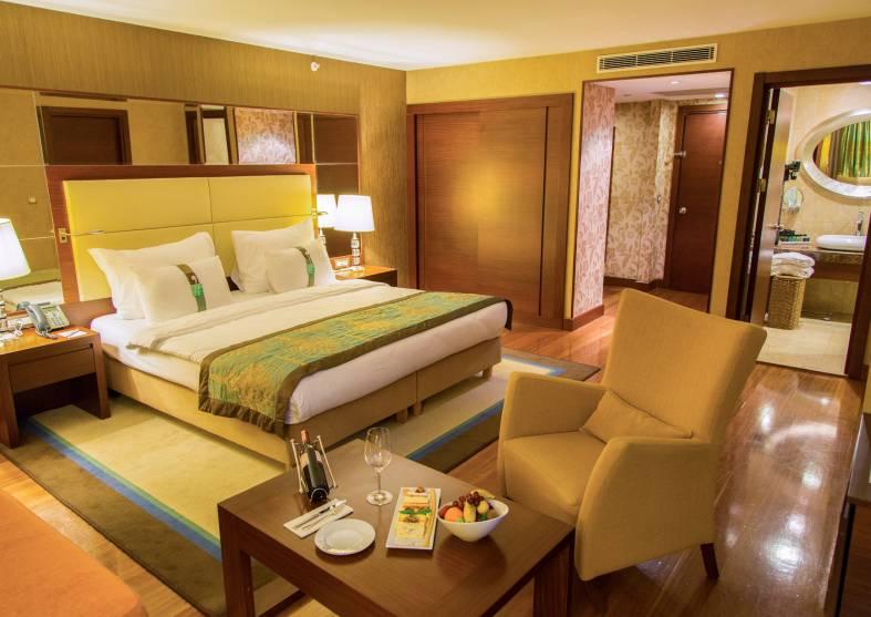 Presidental-Suite-Holiday-Inn-Sisli