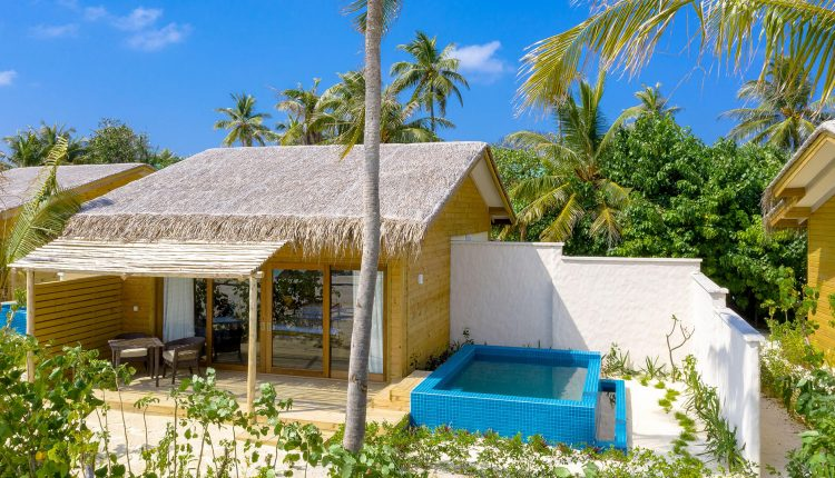 Beach-Suite-with-Pool