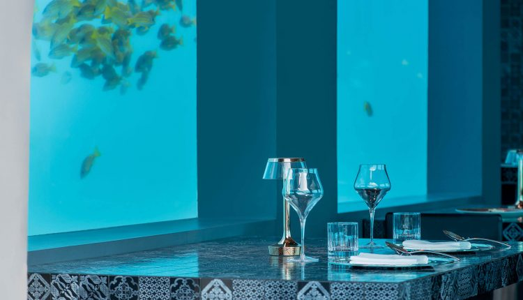 h2o restaurant - You & Me By Cocoon Resort Maldives
